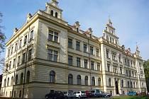 Střední odborná škola a Střední odborné učiliště obchodu a služeb Chrudim. Ilustrační foto.