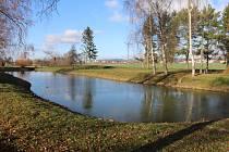 Okolí rybníčku bude místem jako stvořeným pro procházky a pobyt na čerstvém vzduchu.