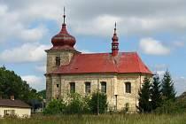 Na kostele v Markvarticích jsou opravené hodiny.
