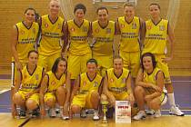 Druhé místo v turnaji vybojovaly basketbalistky Sokola Nová Paka.