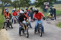 Z vyjížďky motocyklů značky Jawa.