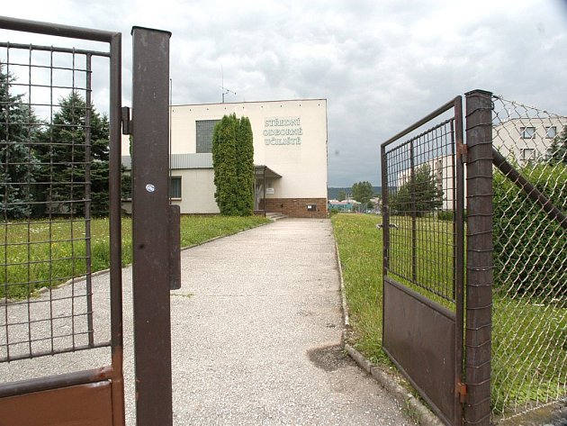 Bělohradské učiliště.