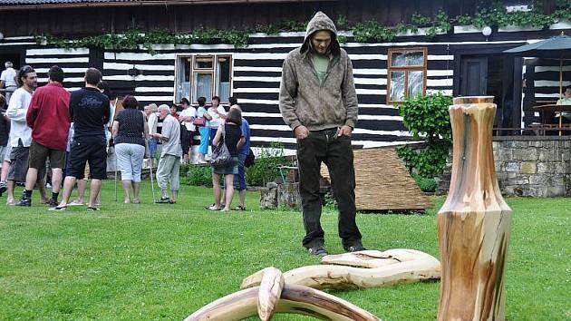 Z vernisáže bukvické výstavy Martiny Zelené.