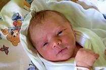 Vanessa Madyar se narodila 16. prosince s mírou 48 cm a váhou 3,46 kg. Radost mají Nataliia a Mychailo Madyar z Jičína. Doma už čekají starší sestry Victorie a Ester.