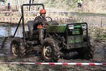 Neuvěřitelné stroje i výkony. Vyrazte se pobavit na traktoriádu.