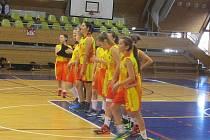 Novopacké basketbalové juniorky.