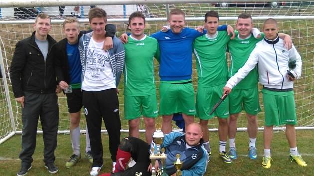PK TEAM, vítěz osmého ročníku fotbalového turnaje v malé kopané, jenž se uskutečnil v Popovicích.