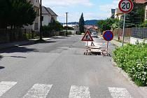 Jičínská Bolzanova ulice, červen 2011.