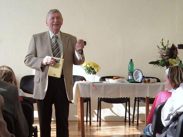 Spisovatel a scénárista Stanislav Rudolf.