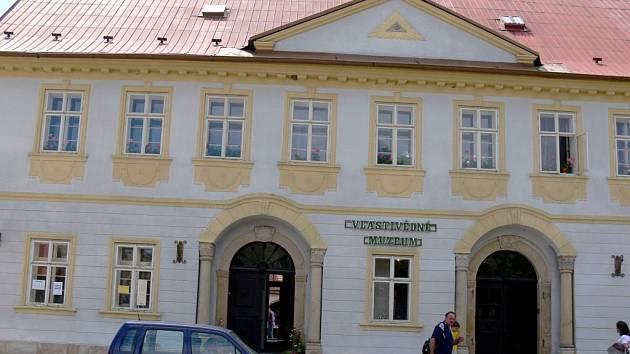 Budova Vlastivědného muzea v Železnici.