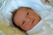 Eliška Vaničková se narodila 2. června s mírou 50 cm a váhou 3,55 kg. Rodiče Hana a Jindřich Vaničkovi si dcerku odvezou do Hrdoňovic, kde už se na ni těší čtyřletý Štěpán.