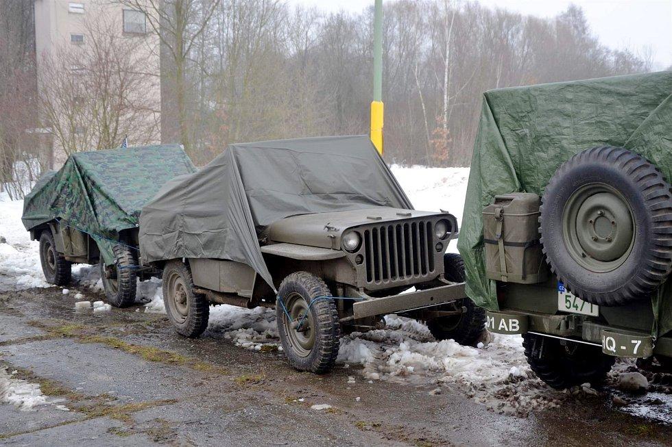 Ze zimního setkání členů Klubu vojenských vozidel.