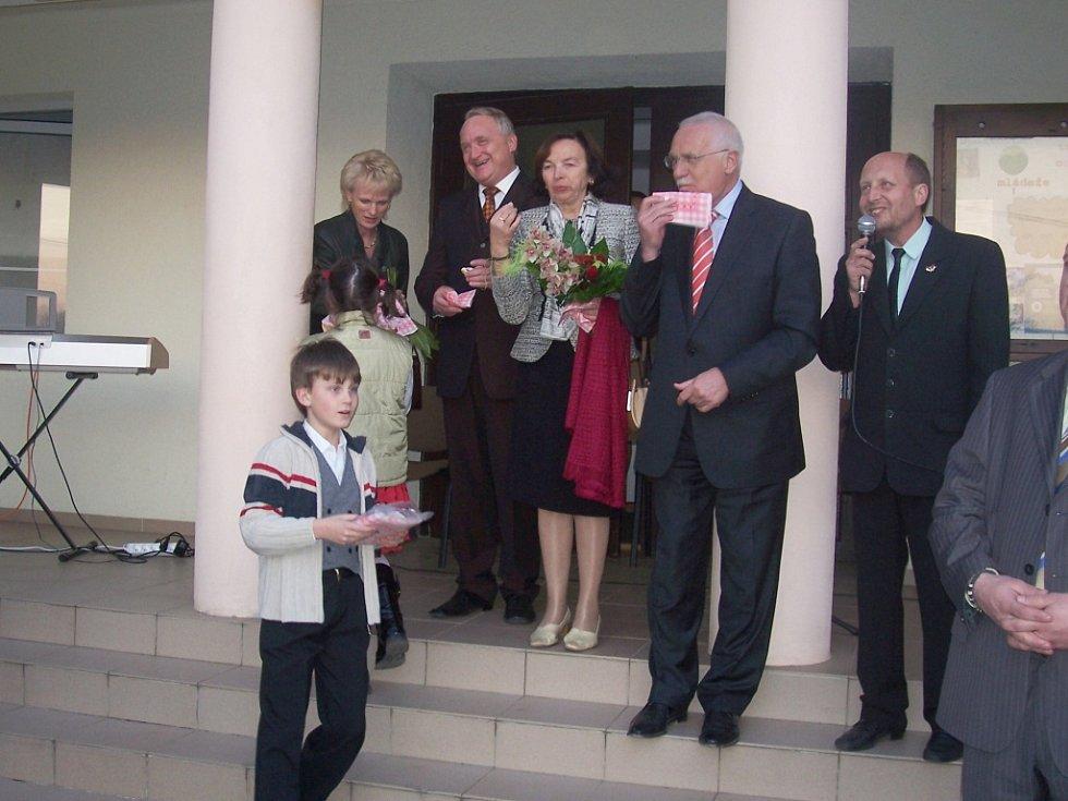 Návštěva prezidenta v Dětenicích.