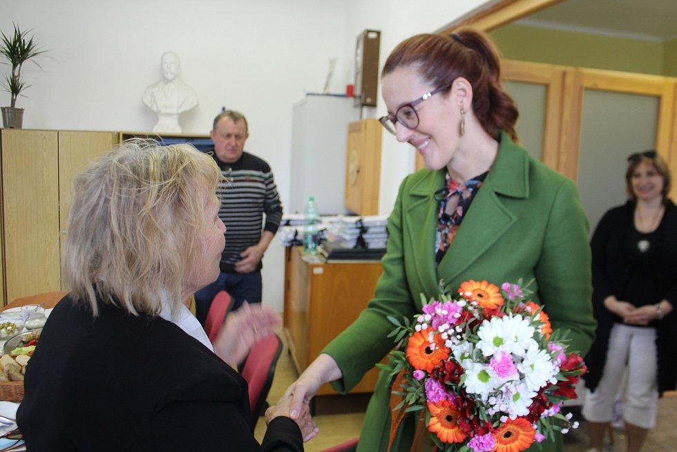 Velvyslankyně Bosny a Hercegoviny v ČR Martina Minarević a překladatelka ze srbštiny Draga Zlatníková.