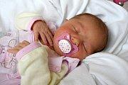 ELEN MATOUŠOVÁ se usmívá na svoji maminku Štěpánku Matoušovou a tatínka Jana Matouše od 13. listopadu, kdy se narodila s porodní mírou 49 cm a váhou 3,25 kg. Doma v Jičíně na sestřičku čekal šestiletý Tobiáš.