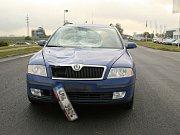 Chodec, kterého srazilo auto, utrpěl vážná zranění