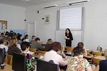 Zahájení vzdělávacího projektu cizích jazyků na jičínské MOA.