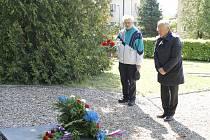 Pietní akce u pomníku na Čeřovce.