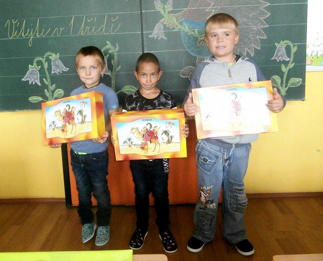 VZákladní a Mateřské škole Běchary nastoupili do první třídy tři žáci, ředitelkou školy je Alena Říhová.