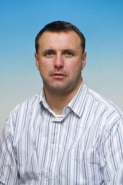RADEK TAUCHMAN (Sokol Dřevěnice) Nejvšestrannější druholigový volejbalista, podle potřeby nahrávač, smečař, blokař či universál.