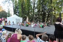 Pohádkový festival v centru Jičína.