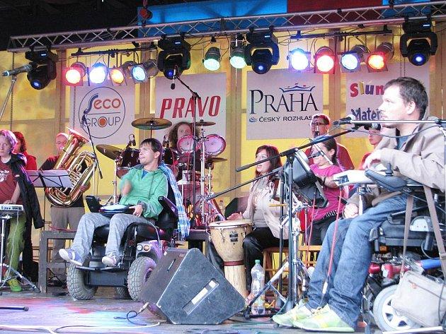 Večerní program prvního dne festivalu.