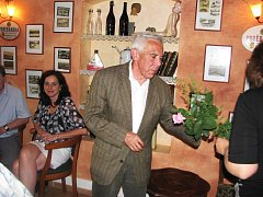Profesor Pavel Pafko na besedě v Libáni.