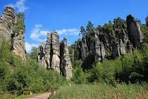 Prachovské skály jsou vyhledávanou turistickou lokalitou.