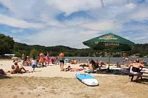 Dva tisíce návštěvníků zaplnilo v sobotu oblíbený Jinolický autokemp pod Prachovskými skalami.