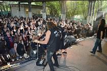 Rockeři se znovu sjedou do Třtěnic.