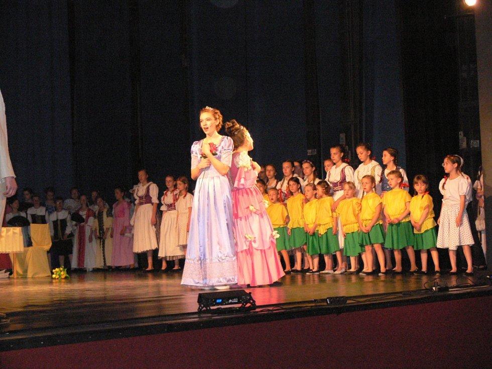 Představení muzikálu Eliška Kateřina Smiřická.