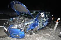 Střet dvou automobilů na kopci Babák.