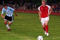 K oporám novopackého mužstva patří útočník Mirek Král. V okresním derby s Jičínem byl nejlepším hráčem na hřišti, vstřelil dvě branky z trestných kopů a na dvě přihrál.