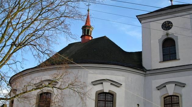 Kaple původně vypadala jinak. Například věžička měla báň. Je otázkou, zda je bezpečné jí vrátit původní charakter.