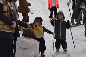 Na Pecce opět opráší staré lyže.