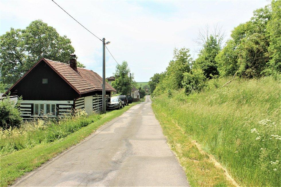 Kostelec na Jičínsku je nejmenší z 24 obcí stejného jména.