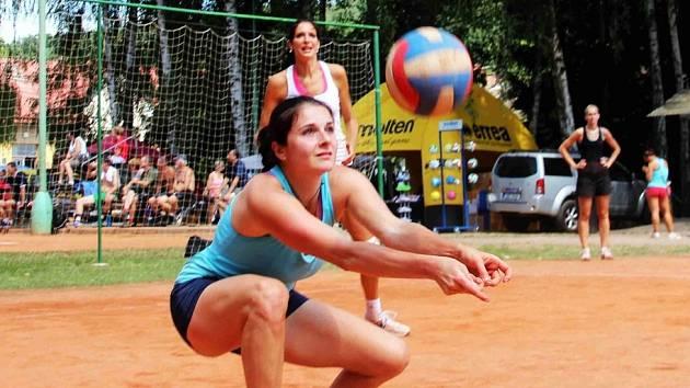 Z turnajů Volejbalové Dřevěnice.