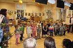 Co všechno se děti naučily ve velišské školce, to předvedly svým rodičům a prarodičům při vánoční besídce.