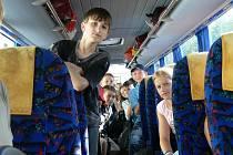 Žáci z Pecky jedou do Francie.