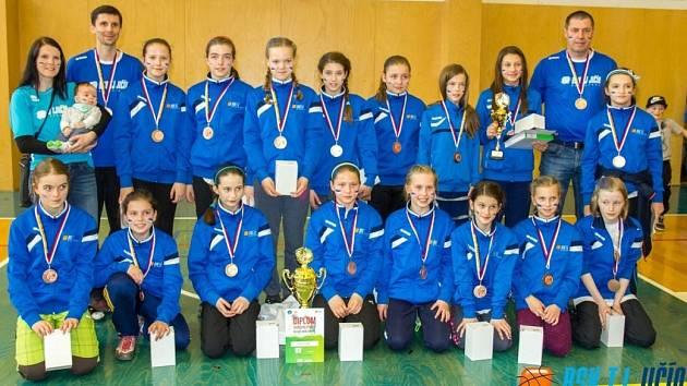 NÁRODNÍ finále mladších minižákyň přineslo Jičínu bronzové medaile.