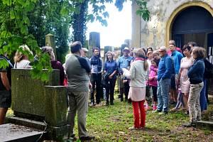 Komentovaná prohlídka židovského hřbitova v Jičíně - Sedličkách