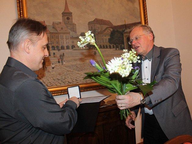 Ze slavnostního ocenění lékaře Marka Ondráčka.