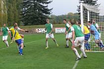 Fotbalisté Jičína nakonec těsně udolali Dobrušku, kde vyhráli 2:1.