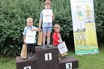 Ocenění běžců Butovského krosu.