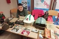 Žáci z jičínské ZŠ 17. listopadu pozvali na retro výstavu rodiče i širokou veřejnost.