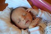Martin Učený se narodil 1. června s mírou 53 cm a váhou 3,5 kg. Radují se Jasmína a Daniel Učení ze Semil. Doma už na brášku čeká dvouletá sestřička Julie.