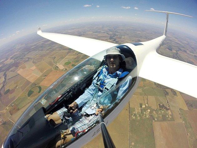 Pavel Trybenekr je několikanásobným juniorským mistrem republiky v bezmotorovém létání.