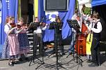 Své umění předvedli také mladí hudebníci z folklorního souboru při místní základní umělecké škole v Havlíčkově ulici.