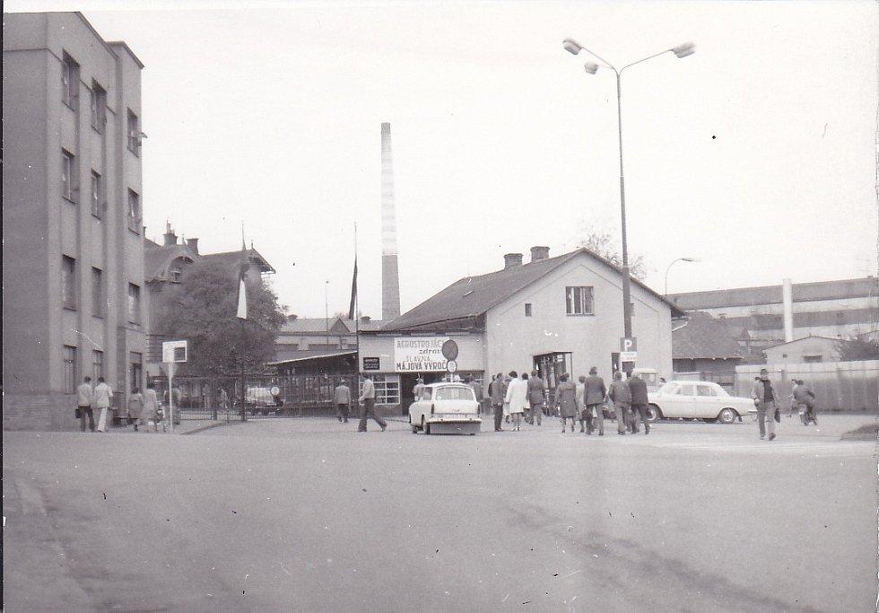 Z jičínského n.p. Agrostroj, 70. léta.