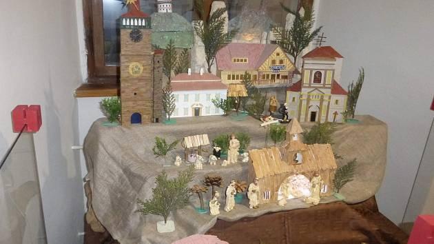 Výstava betlémů v jičínském muzeu.